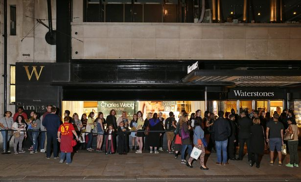 Harry Potter and the Cursed Child midnight opening Waterstones Piccadilly